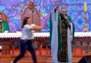 Famoso sacerdote sufre brutal ataque mientras presidía Misa por TV [VIDEO]